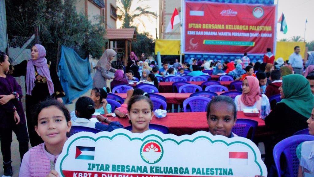 Indonesia Bantu Warga Palestina di Gaza Buka Puasa Bersama