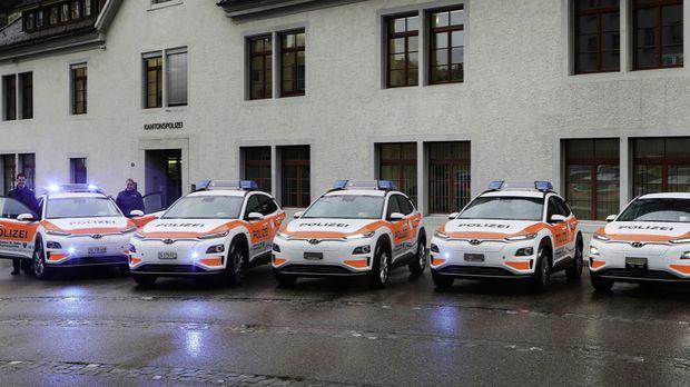 Barisan Hyundai Kona listrik untuk polisi
