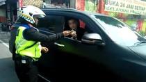 Fakta Fortuner Ugal-ugalan di Puncak: Pelat Polri Bodong-STNK Palsu