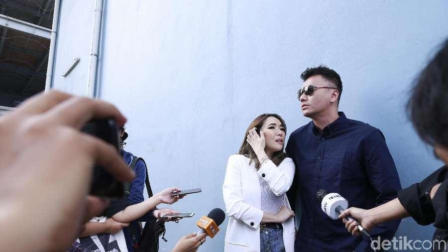 Jay-Z, Aurel Hermansyah hingga Kemesraan Gisel dan Wijin
