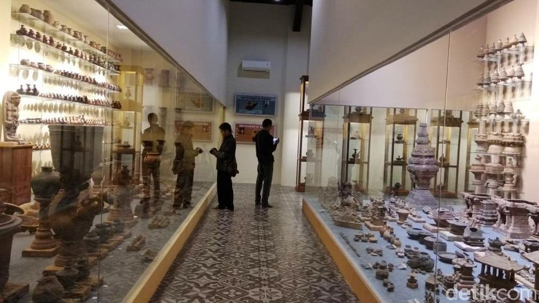 Museum Ganesya Wisata Edukasi Sejarah Nusantara Di Malang