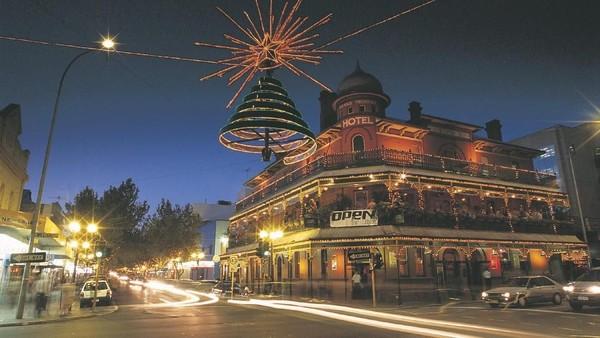 Liburan akhir tahun di Australia Barat juga bisa menjadi pilihan istimewa untuk wisatawan Indonesia. Natal dirayakan saat musim panas di Australia Barat (Tourism Western Australia)