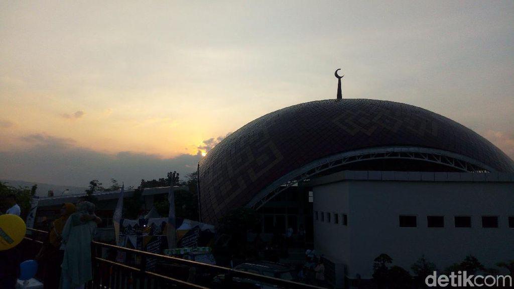 Foto Sunset Terakhir Ramadhan 2019 Nan Berkesan di Semarang