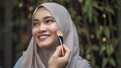 6 Tips Makeup Lebaran untuk Silaturahmi Virtual