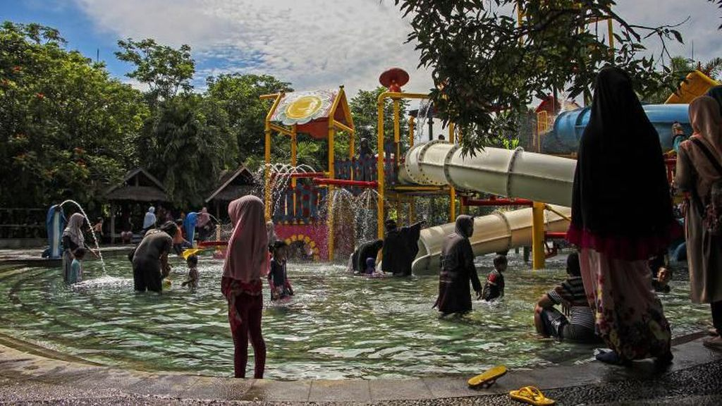 Serunya Main Air di Bugis Waterpark Makassar