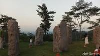 Di Rest Area KM 429 ada Taman Batu yang instagrammable (Aji Kusuma/detikcom)