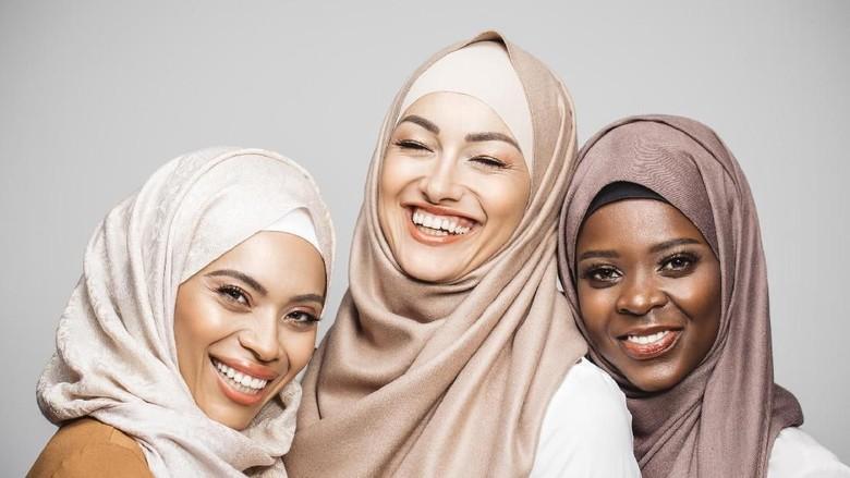Ilustrasi traveler wanita muslim (iStock)