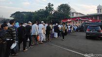 Jemaah Salat Id di Masjid Istiqlal Mulai Berdatangan