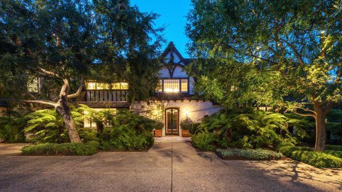 Rumah ini terletak di Perkebunan Beverly Hills.Foto: Dok. CNBC/Tyler Hogan