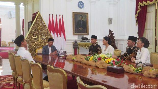 Momen AHY-Ibas temui Jokowi di Istana