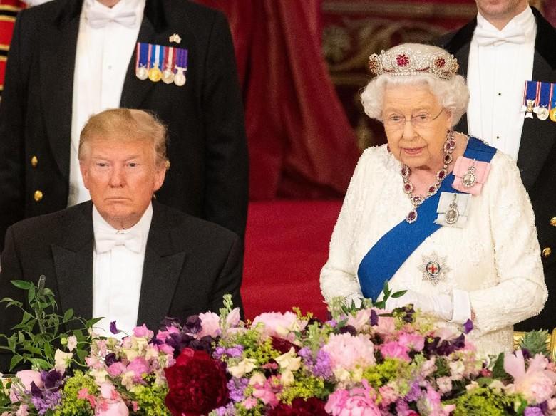 Ratu Elizabeth II pernah tampar anggota keluarganya. Foto: Dok. Getty Images