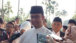 PKS Bela Anies soal Ceramah Felix Siauw: Jangan Terlalu Sensi!