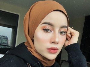 Jakarta Kota Paling Berpolusi, Makeup Seperti Ini yang Cocok untuk Dipakai