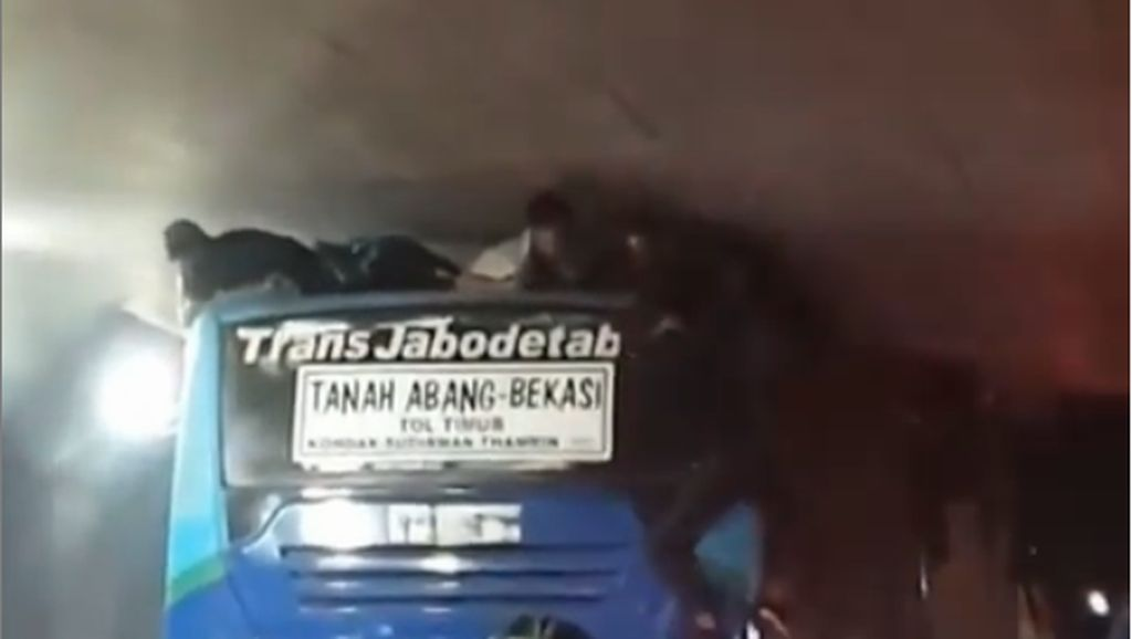 Bocah Nekat Terjepit di Atap, Sopir TransJabodetabek Tanggung Sanksi