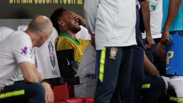 Neymar yang Makin Jauh dari Orbit Ballon d'Or