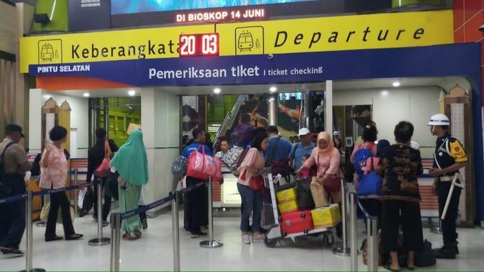 Foto Suasana Stasiun Gambir. Foto: Farih Maulana Sidik/detikcom