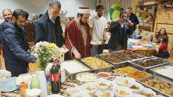 Hangatnya Ramadhan di Milan, Kota Mode Italia