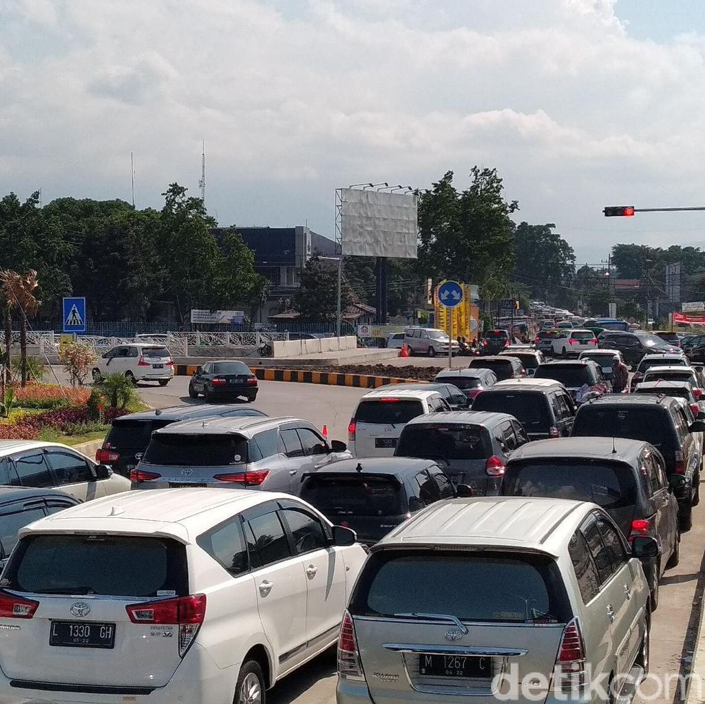 H+1 Lebaran, 2 Ribu Kendaraan Keluar dari Exit Tol Singosari