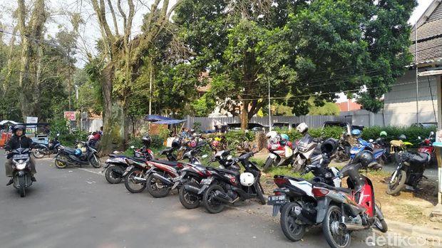 Pengunjung Bunbin Bandung Mengeluh Tarif Parkir Motor Rp 5 Ribu