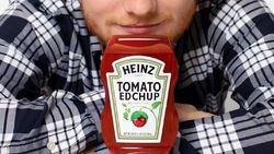 Perfect! Akhirnya Ed Sheeran Punya Saus Tomat Pakai Namanya