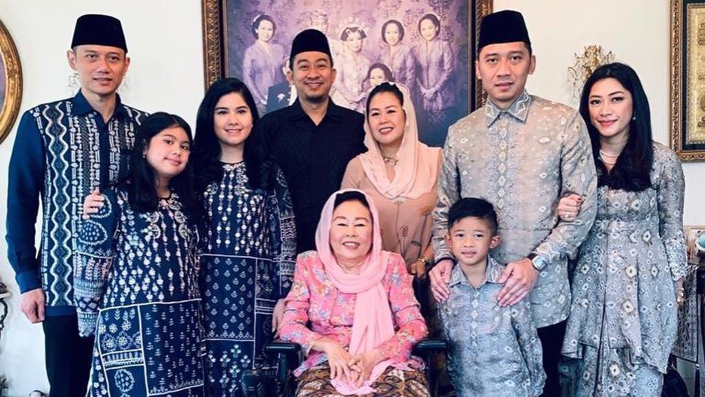 AHY-Ibas Kunjungi Keluarga Gus Dur, Yenny: Contoh Akhlak yang Baik
