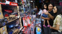 Omzet Pedagang Mainan di Tanah Abang Anjlok 40%, Kenapa?