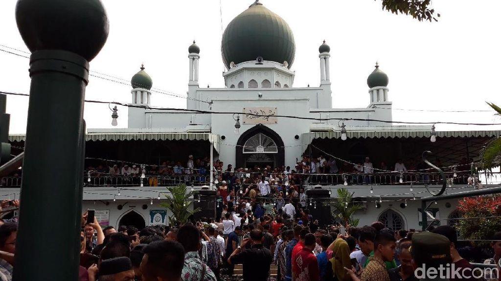 Mengenal Masjid Syuhada Lokasi Jokowi Jumatan Peninggalan Sukarno