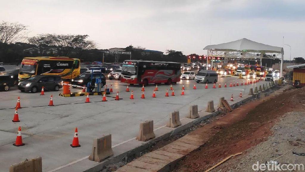 Siapkan Kendaraan, 4 Rest Area Tol Cikampek Arah Jakarta Ditutup