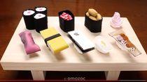 Ya Ampun! Pria Ini Buat Sushi Dari Potongan Ponsel hingga Dasi