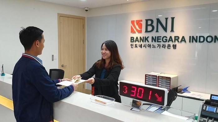 Selama Lebaran, Kantor Cabang BNI di luar negeri beroperasi penuh.  BNI adalah bank nasional yang memiliki kantor cabang di luar negeri paling banyak. Beberapa cabang diantaranya adalah BNI Singapura, BNI London, BNI New York, BNI Tokyo, BNI Hong Kong dan BNI Seoul.