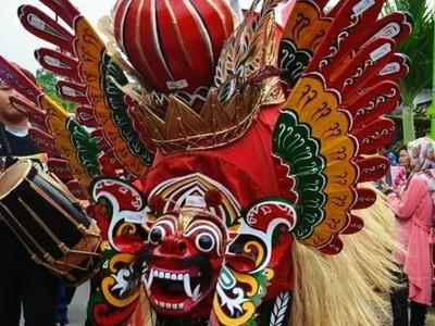 Barong Ider Bumi Ramaikan Momen Lebaran di Banyuwangi
