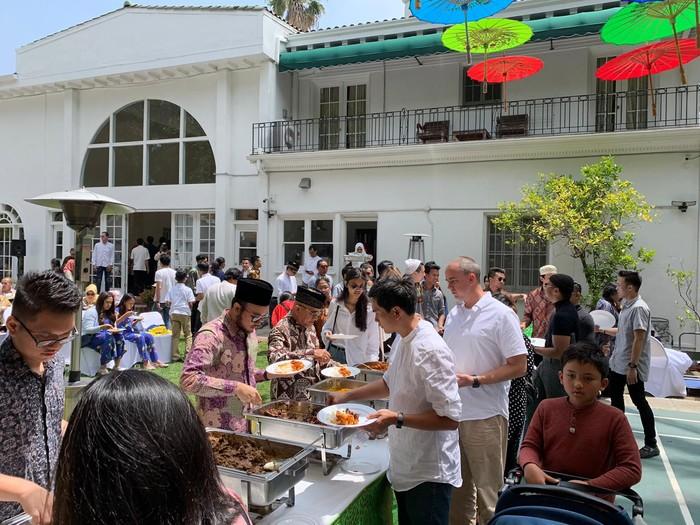 Suasana Lebaran WNI di LA (Foto: dok. KJRI Los Angeles)
