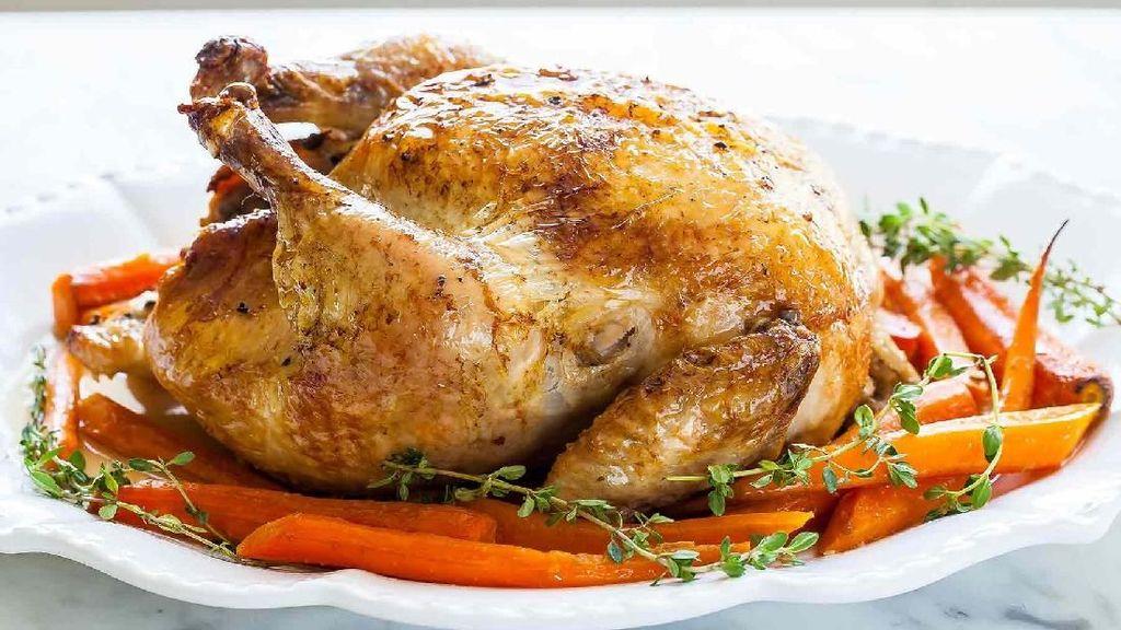 Tak Dibelikan Ayam Panggang, Bocah Ini Nekat Lompat ke Rel Kereta