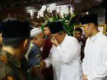 Momen SBY dan BJ Habibie Bertemu Saat Ziarah ke Makam Istri