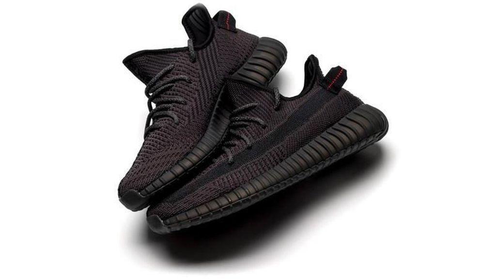 Adidas Yeezy Boost Rp 3,6 Juta Terjual Habis Hanya Dalam Sehari