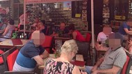 Turis Diperas: Minum 7 Soft Drink Bayar Rp 1,3 Juta