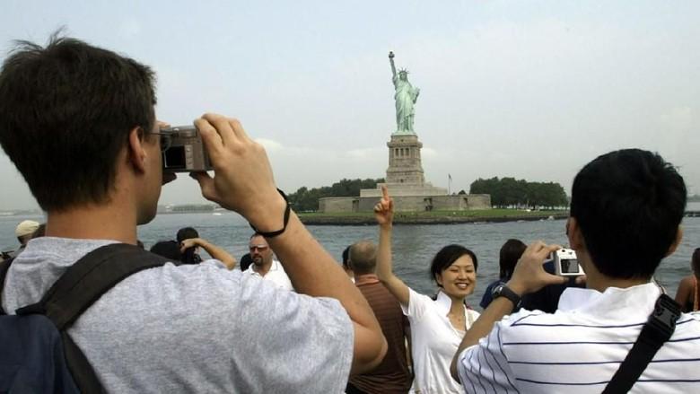 Ilustrasi turis China (AFP)