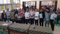 251 Pedagang Pantai Anyer Terdampak Tsunami Dapat Bantuan Modal