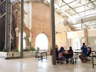 Ada Bekas Pabrik Gula yang Jadi Rest Area Kekinian di Brebes