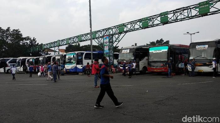 Besok diprediksi menjadi puncak arus balik di Terminal Leuwipanjang, Kota Bandung.