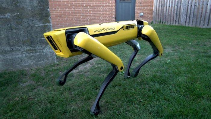 Boston Dynamics dalam konferensi robotika Amazon mengatakan produk artifisial ini akan diluncurkan dalam hitungan bulan.Foto: Dok. Boston Dynamics