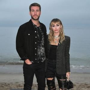 Miley Cyrus Ungkap Fakta Mengejutkan Soal Keperawanan