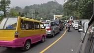 Macet Parah di Puncak Bogor, Kendaraan di Cipanas Mengular 11 Km