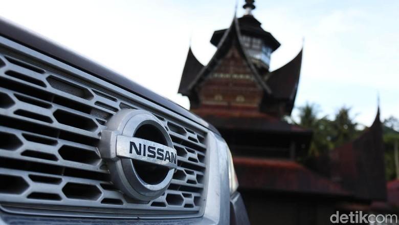 Nissan Terra Membelah Keindahan Sumatera