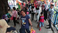 Terminal Kampung Rambutan Ramai Pemudik yang Kembali ke Jakarta