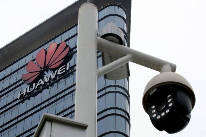 Tampak depan gedung pusat Huawei, di kota Shenzen. Istimewa/Tyrone Siu/Reuters.