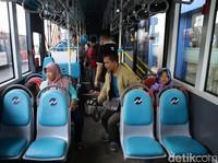 Kurangi Polusi Jakarta dengan Naik Angkutan Umum, Efektifkah?