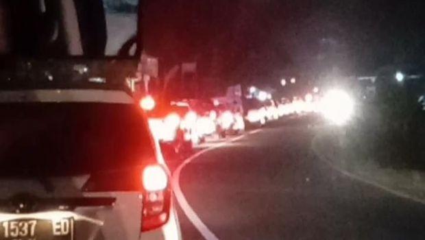 Macet di Jalur Tasikmalaya menuju Bandung