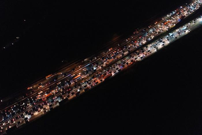 Ilustrasi kemacetan saat arus balik. (Foto: Antara Foto/Rivan Awal Lingga)