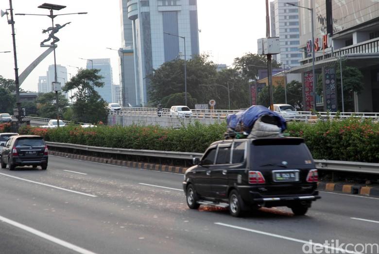 Pemudik Tiba di Jakarta. Foto: Lamhot Aritonang